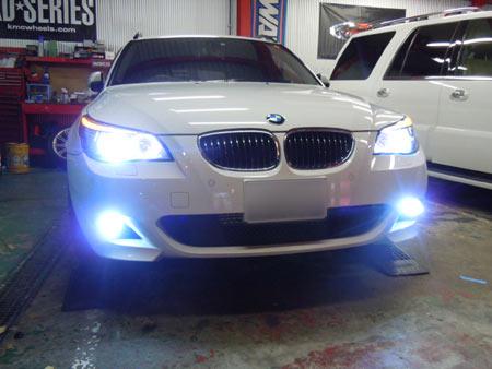 E61 BMW 5シリーズ HID化 イカリングLED化 ケルビンアップ 社外HID 専門店 大阪 ガレージアクト
